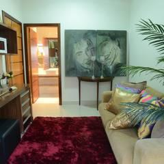 Casa Contemporânea: Escritórios  por Renata Prata Studio