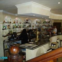 BAR VIEW: Locales gastronómicos de estilo  de diseño y construcción acima,s.l.