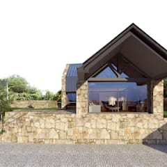 Houses by Davide Domingues Arquitecto