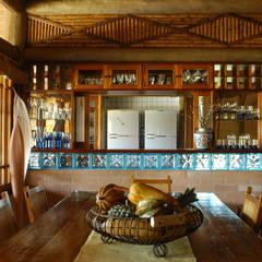 غرفة السفرة تنفيذ MADUEÑO ARQUITETURA & ENGENHARIA