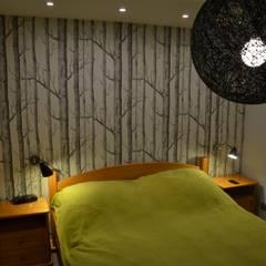 Dom w Piórkowie: styl , w kategorii Sypialnia zaprojektowany przez Studio Projekt