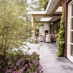 حديقة تنفيذ Studio REDD exclusieve tuinen , بلدي