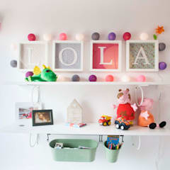 Habitación de Lola: Dormitorios infantiles de estilo  de demarcasueca