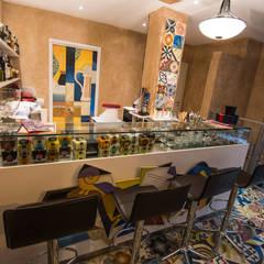 E.Vent: Bar & Club in stile  di Mosaic del Sur