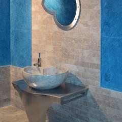 Washbasin in marble Cappuccino, mod. Nautilus CusenzaMarmi Modern bathroom Marble Beige