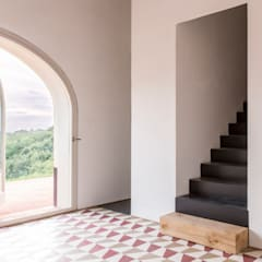 Borgo Merlassino & Mosaic del Sur cement tiles:  Hotels by Mosaic del Sur UK