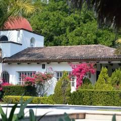 Nhà by De Ovando Arquitectos