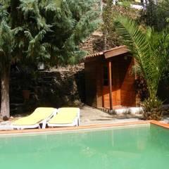 Quinta de Cadafaz: Piscinas  por Quinta de Cadafaz