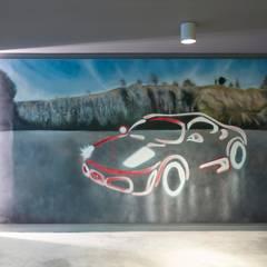 Pimodek Mimari Tasarım - Uygulama – Çamlıca'da Villa:  tarz Garaj / Hangar,