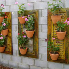 PAISAGISMO: JARDINS VERTICAIS BY MC3: Jardins  por MC3 Arquitetura . Paisagismo . Interiores