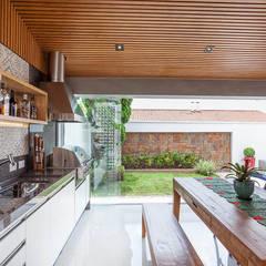 Espaço Gourmet: Cozinhas  por Moran e Anders Arquitetura