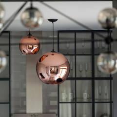 Portfolio: styl , w kategorii Salon zaprojektowany przez Loft Factory