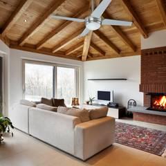 CASA BRUNO salón con ventilador Sonic Salones de estilo moderno de Casa Bruno American Home Decor Moderno