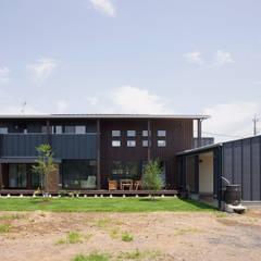 新田の家: 空間設計室/kukanarchiが手掛けた家です。