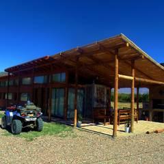 CASA AZZOTI Casas rurales de bioma arquitectos asociados Rural Madera Acabado en madera