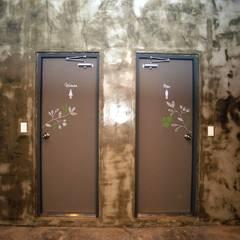 유니스의정원(이풀실내정원) 인테리어벽화: 몰핀아트의  욕실,인더스트리얼