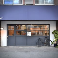 Offices & stores by TRANSFORM  株式会社シーエーティ, Eclectic