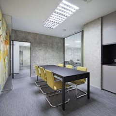 Study/office by Arquitectos Suarez, Classic