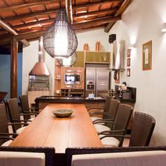 Projeto LR-FSA: Casas rústicas por EdVasco Decorações