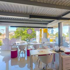 Cherry Blossom: Edificios de oficinas de estilo  por Design Group Latinamerica