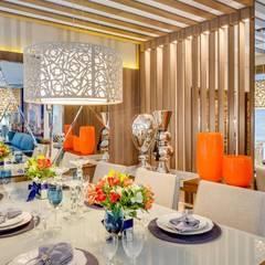Salas de Estar e Jantar: Salas de jantar  por Ideatto Móveis e Decorações