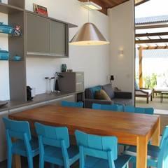 Área de Lazer: Piscinas  por Andrea Vasconcelos Arquitetura e Design,Moderno
