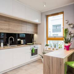 Mieszkanie - Warszawa Włochy: styl , w kategorii Kuchnia zaprojektowany przez Michał Młynarczyk Fotograf Wnętrz