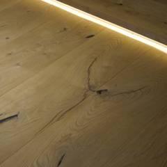 Lichtfuge am Bodenrand:  Wände von Hammer & Margrander Interior GmbH