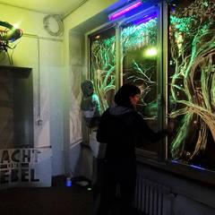 Installation, Live Painting Show- galerie Space Shuffle (Berlin- Neukölln): Lieux d'événements de style  par Laeti-Berlin