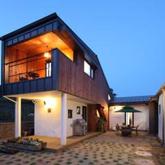 화성 봉가리주택 - 아빠와 아들의 아지트가 있는 집 모던스타일 주택 by 주택설계전문 디자인그룹 홈스타일토토 모던