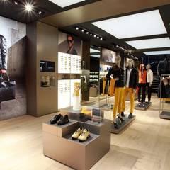 Porsche Design Store München:  Ladenflächen von Peters  Bodenbeläge