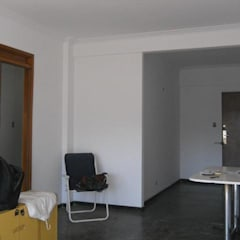 Salones de estilo  de AyC Arquitectura, Moderno