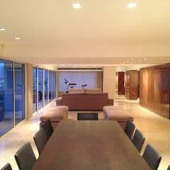 PH - LA ARBOLADA: Comedores de estilo  por PA - Puchetti Arquitectos,