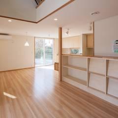 Living room by 清建築設計室/SEI ARCHITECT, Modern