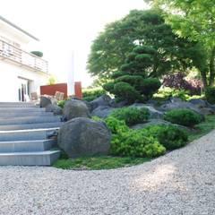 Jardines de estilo  por dirlenbach - garten mit stil,
