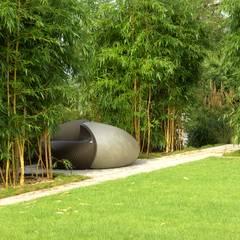Wohngarten mit asiatischen Elementen:  Garten von dirlenbach - garten mit stil