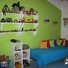 Interiores: Dormitorios infantiles de estilo  por Arq. Alejandra Bruno