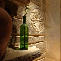 Cocina rústica decorada con Decopierre: Bodegas de estilo  de LuisyAnacb