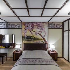 Квартира-путешествие.: Спальни в . Автор – Fusion Design, Азиатский Дерево Эффект древесины
