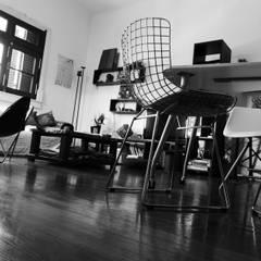 Nuestro estudio: Oficinas y Tiendas de estilo  por laura zilinski arquitecta,Ecléctico