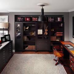 Townhouse: Bureau de style de style eclectique par ANNA DUVAL