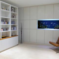 Vitro House:  Study/office by Aquarium Architecture