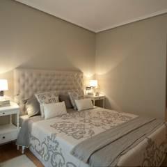 Bedroom by Sube Susaeta Interiorismo