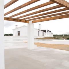by BL Design Arquitectura e Interiores Minimalist
