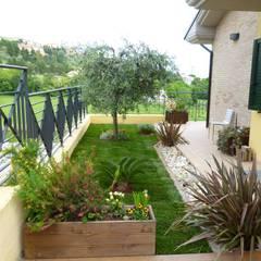 Giardino paesaggio idee e foto l homify - Giardini villette private ...