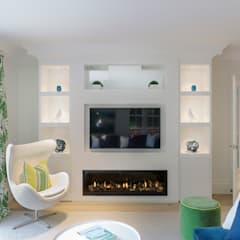 Family Home in Winchester's Sleepers Hill:  Media room by Martin Gardner Photography