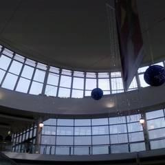 Limpieza de cristales en altura: Centros comerciales de estilo  de Up3 Vertical