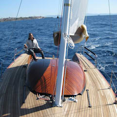 Yates y jets de estilo  por Zerbinati Yacht Design and Survey