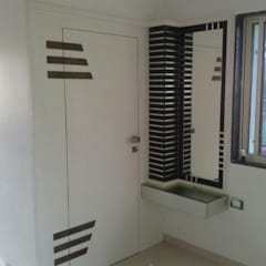 Proposed Interior For Residence of 3BHK Flat:  Dressing room by KANAKIA INTERIOR AND CONSULTANCY