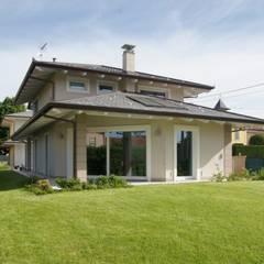 villa simona - 2013: Case in stile  di architetto Davide Fornero
